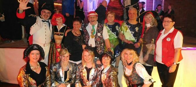 Rosenmontag zu Gast beim Tschernitzer-Karnevalsclub und beim Karneval-Club Sergen